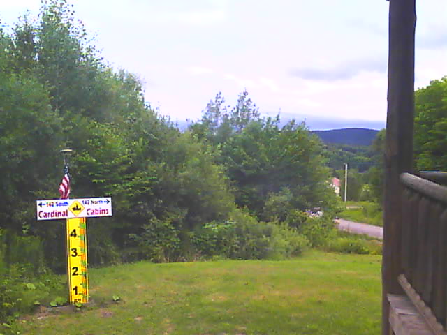 Cardinal Cabins webcam